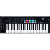 NOVATION LAUNCHKEY 49 MK-II midi controller keyboard